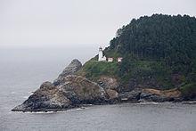 heceta-head-lighthouse-near-florence-or-courtesy-wikimedia
